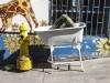 a-leg-in-a-bathtub-street-art-in-valparaiso